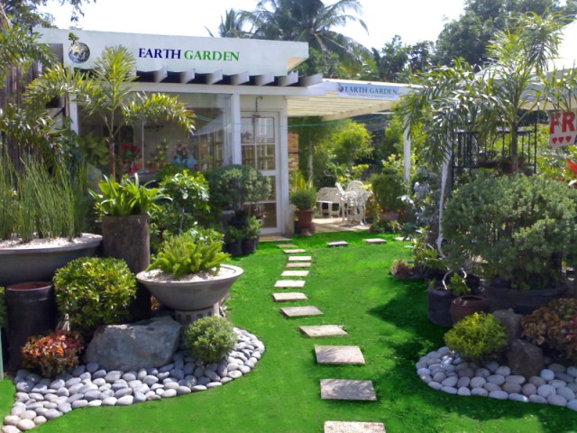 Earth garden landscaping philippines about us for Home garden design in the philippines